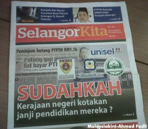 Picture of SelangorKita paper (Picture by MalaysiaKini)